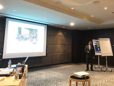 Mr Ziwa Htun, Director of Human Resources, Shangri-La Hotel, Doha, Qatar discusses new developments in the venue's sustainability efforts to participants in the Executive Certificate in Business and Public Event Management, October 2018